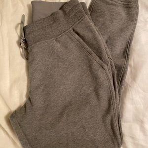 Lululemon grey sweatpants joggers size 6